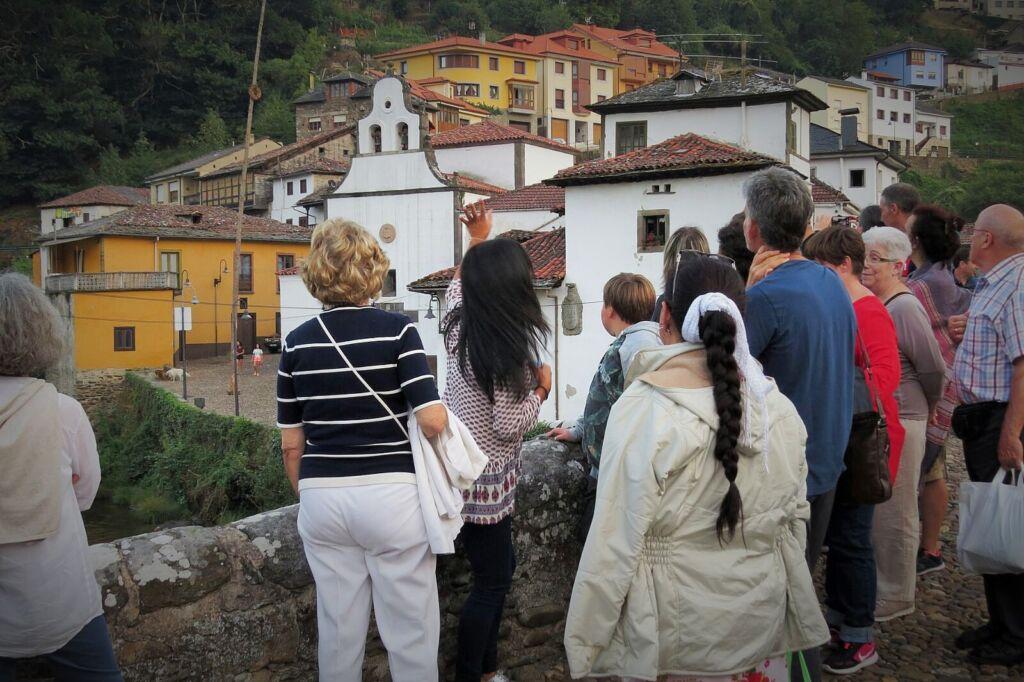 Visita guiada: de paseo por la villa de Cangas