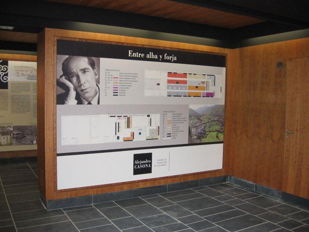 Centro de recepción de visitantes Alejandro Casona